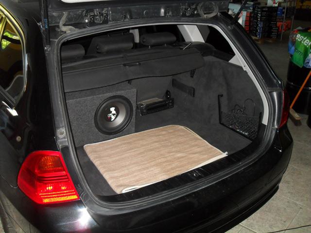 bass ix mobilemedia referenzen bmw e91 subwoofer. Black Bedroom Furniture Sets. Home Design Ideas