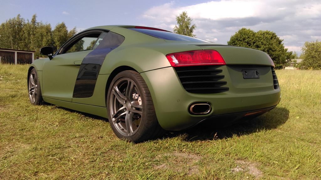 bass ix mobilemedia referenzen audi r8 military matt olive. Black Bedroom Furniture Sets. Home Design Ideas